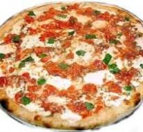Pizza domowej roboty – prosty przepis